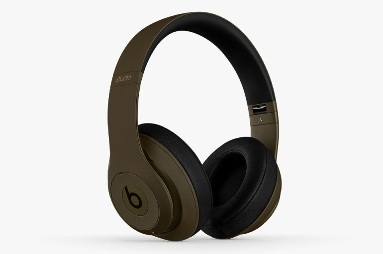 undefeated-beats-headphones-4-960x640